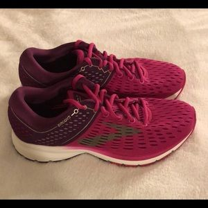 Women's Brooks running shoes size 9 B.